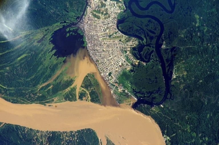 peru-lumber-suppliers-iquitos-nasa-satellite-image